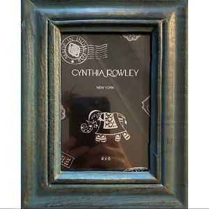 NWOT. Cynthia Rowley wooden hinged box.